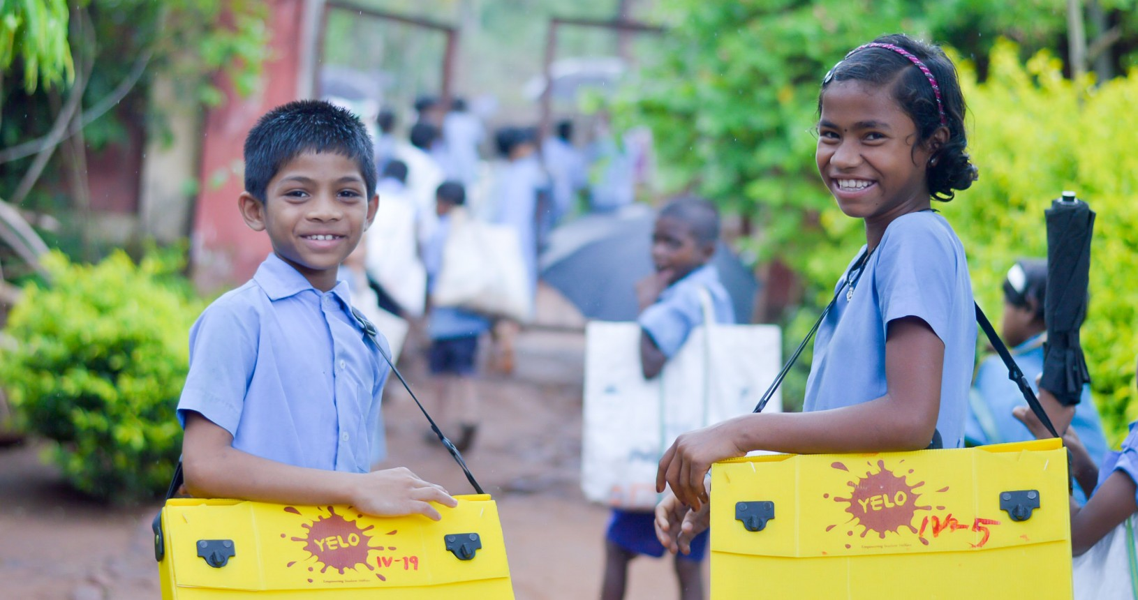 YELO Bag schoolchildren